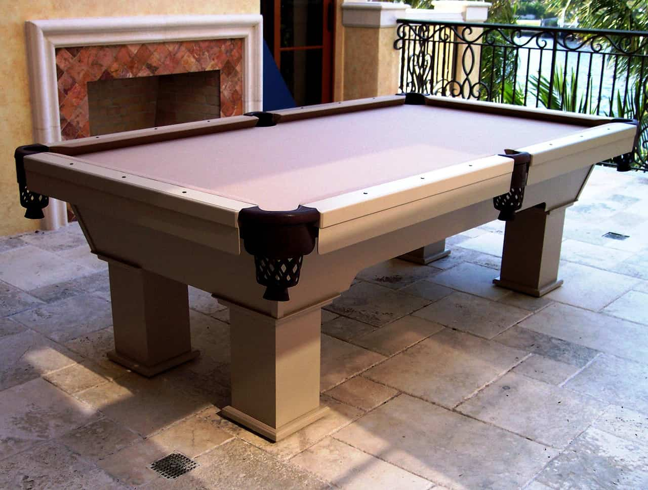 7ft Ceasar Outdoor pool table