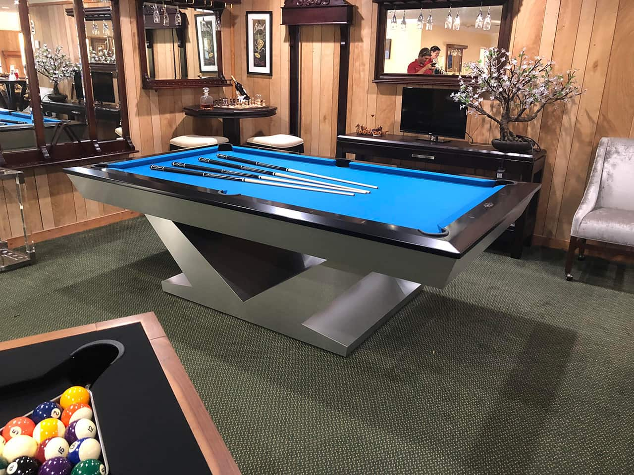 8ft Aluminum Olhausen V Base Pool Table