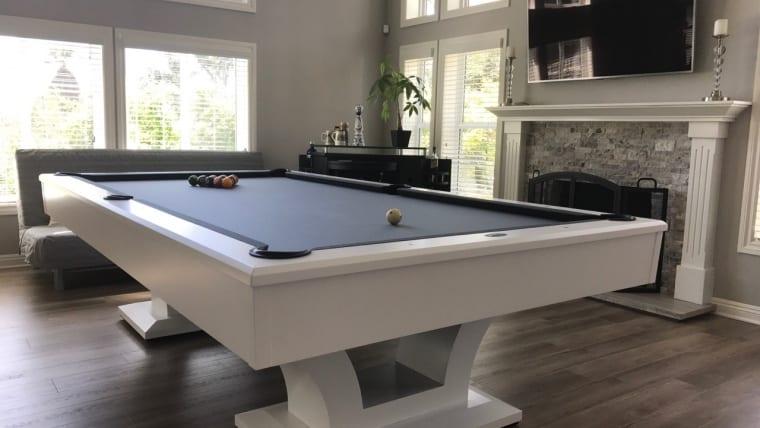 Bellagio pool table